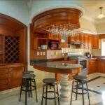 6.-Villa Frida - Kitchen and breakfast bar