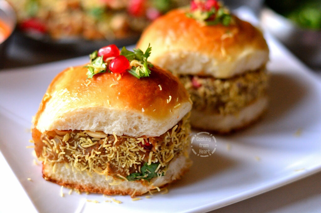 Kutchi Dabeli | Kachchi Dabeli | Street Food Recipes