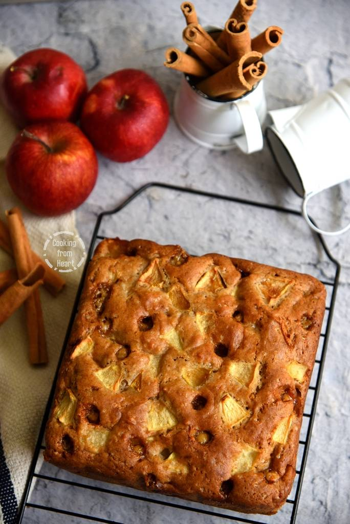 Eggless Apple Butterscotch Cake