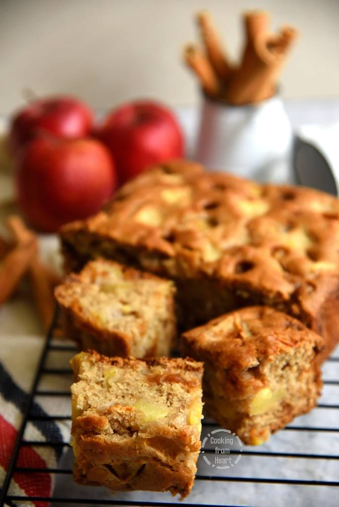 How to make Eggless Apple Butterscotch Cake