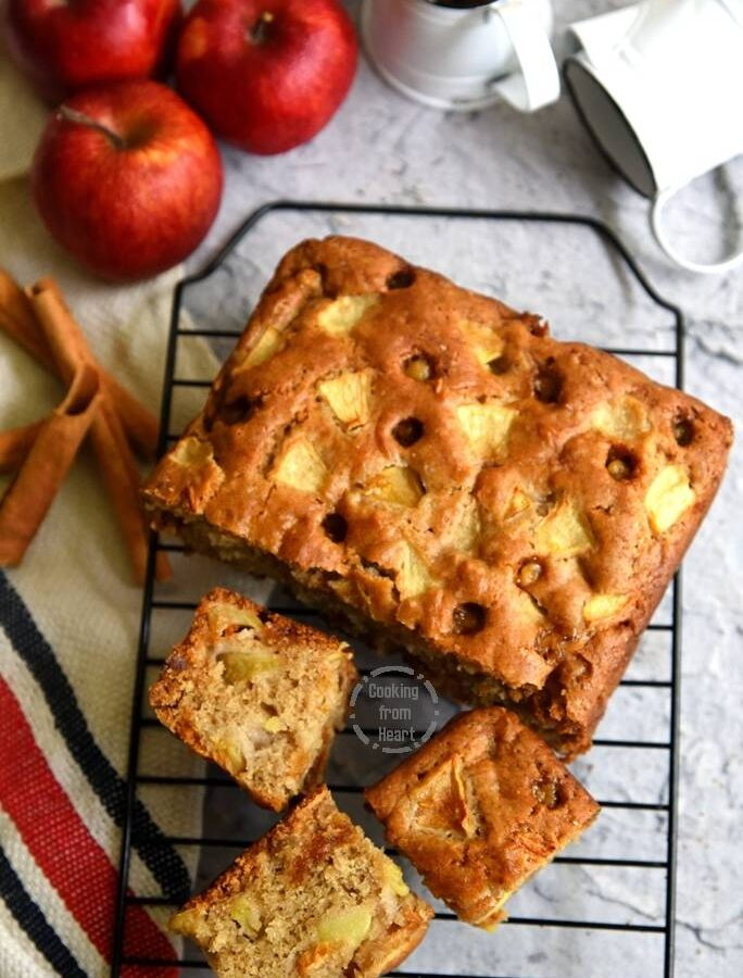Easy Eggless Apple Butterscotch Cake