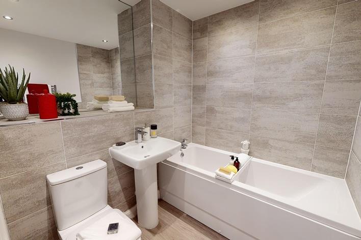B5-Central-2-Bed-Show-Apartment-Barratt-Homes-03242020_223052