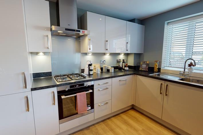 B5-Central-2-Bed-Show-Apartment-Barratt-Homes-03242020_223742