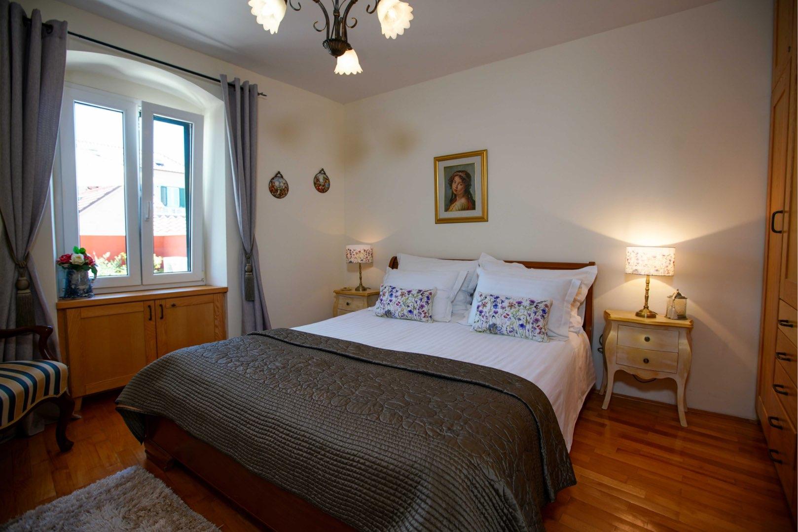Room 4 - Apartment – 8