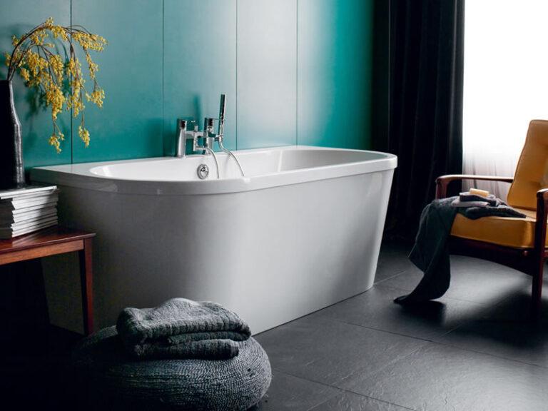 Saturn Back to wall Bath