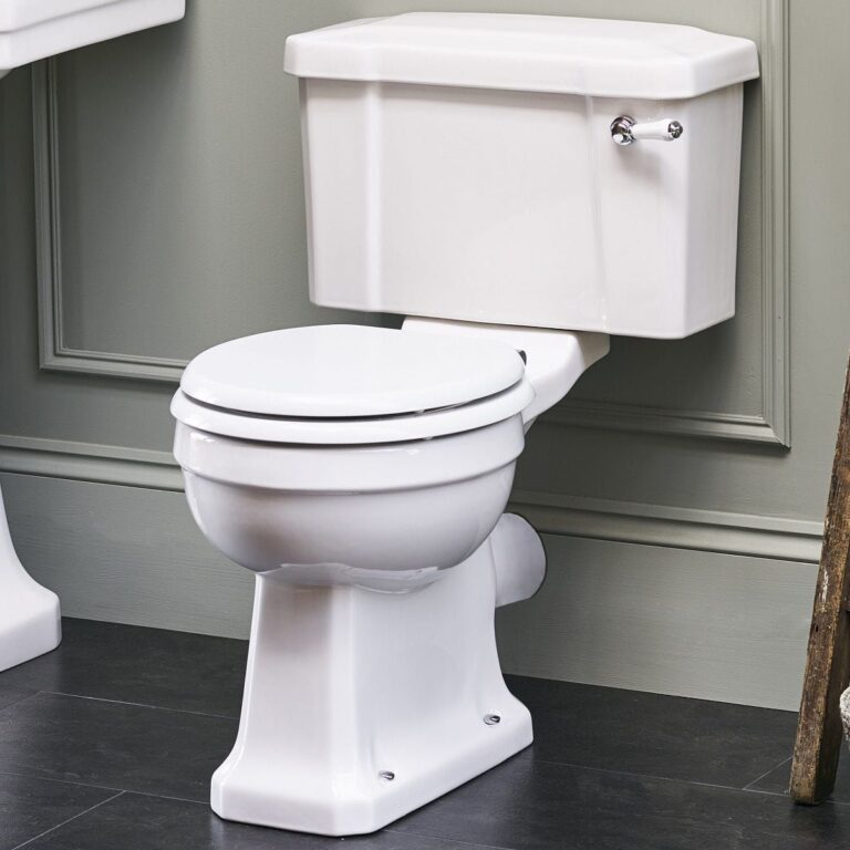 Standard CC WC with 520 Lever Cistern