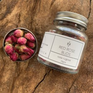 RED ROSE BUDS APOTHECA