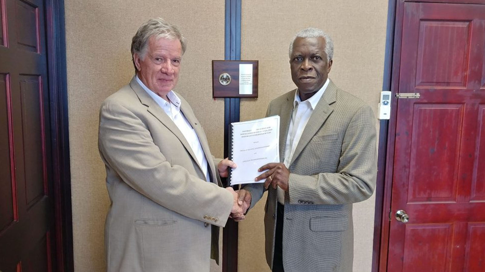 GCAA signs contract for modern Instrument Landing System at CJIA