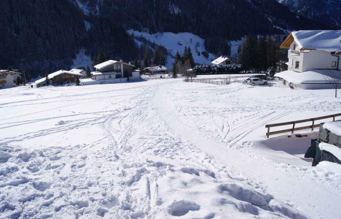 SKI-OUT-TO-NASSEREINBAHN