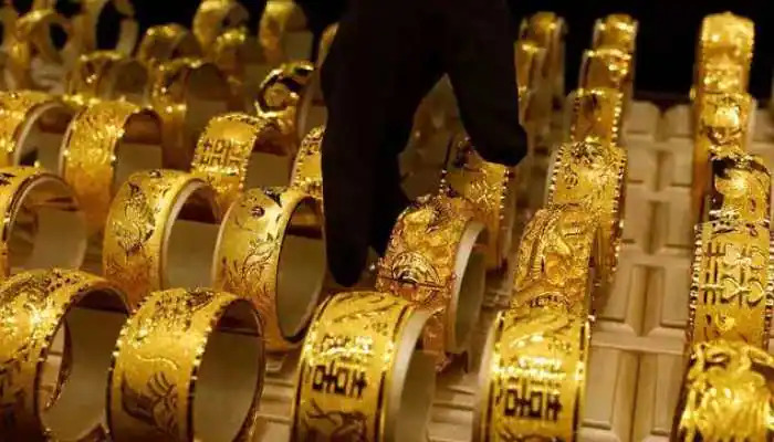 Gold-prices-fall