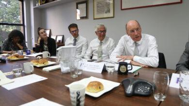 Photo of اجتماع الإفطار IBBC ومنتدى الصناعة مع السير جون أرميت ، البنك المركزي المصري ، FREng ، FICE ، FCGI ، رئيس اللجنة الوطنية للبنية التحتية