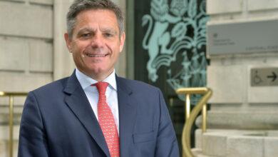 Photo of مجلس الاعمال العراقي البريطاني IBBC يستضيف السيد سيمون بني المفوض التجاري لجلالة الملكة لمنطقة الشرق الأوسط في حوار عبر الانترنت