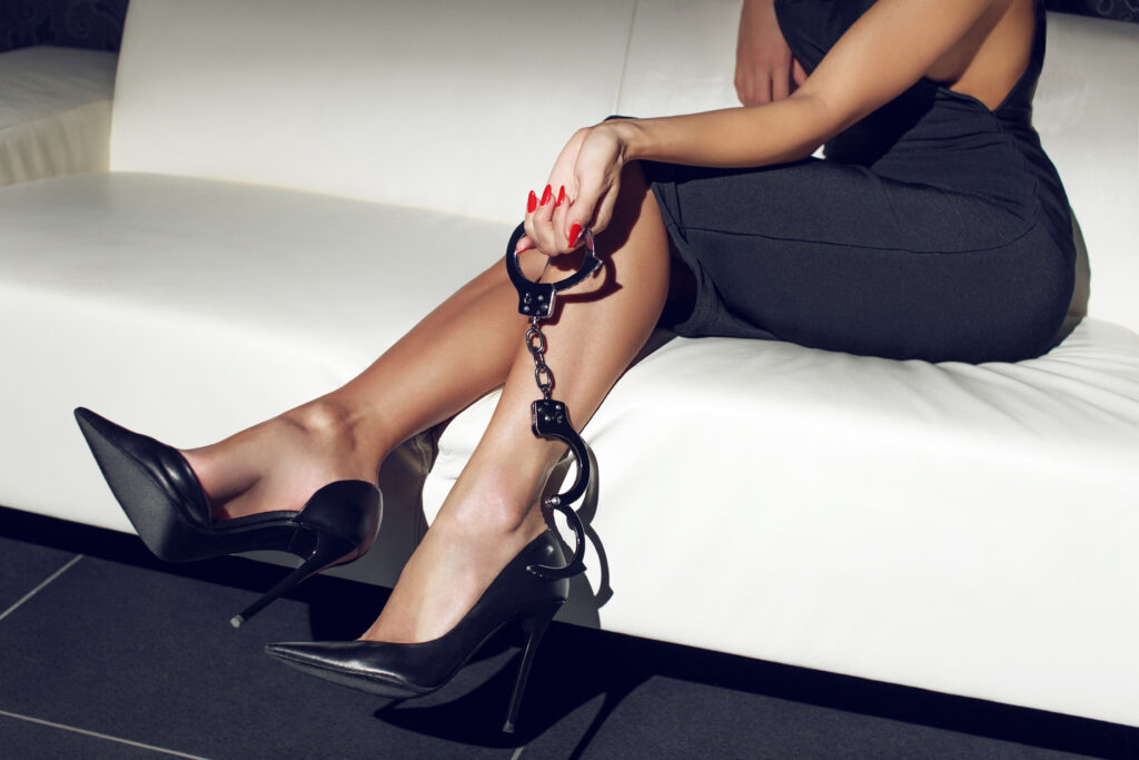 women can dominate men in the bedroom within a FLR
