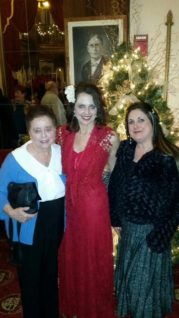 Photo of Elizabeth Montgomery with mom and friend during Christmas season