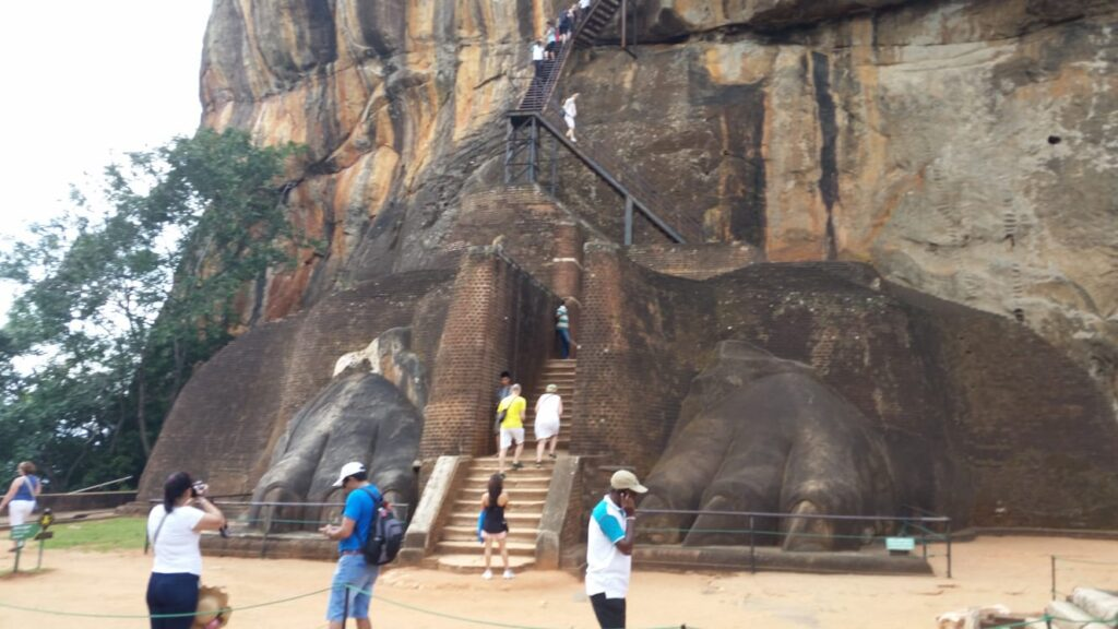 Sri Lanka Rally 2020| Day 12 | Sigiriya Day off | Bespoke Rallies