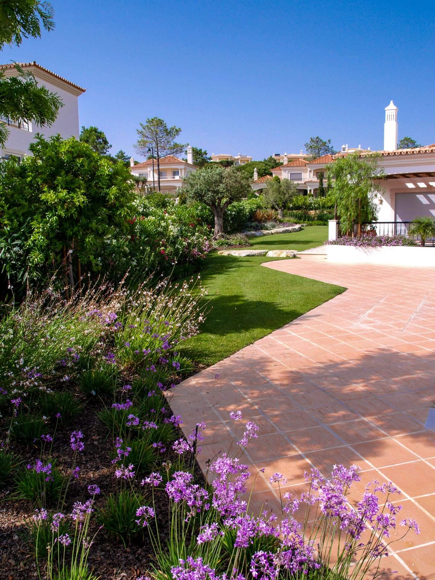 condominium-landscaping-algarve