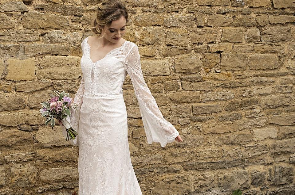 The Cruck Barn Wedding Photographer