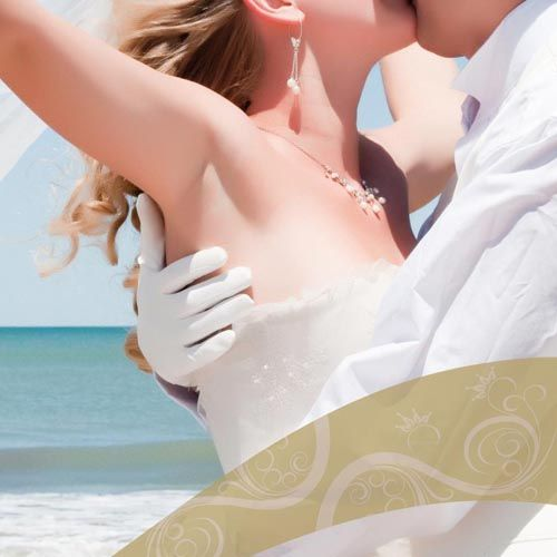 wedding-flowers-buds-bride-groom-roses-newlyweds-bridal-bouquet