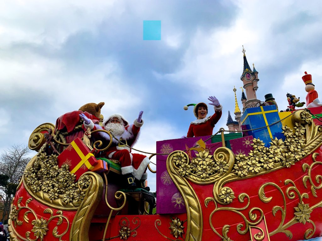 Disneys Enchanted Christmas parade