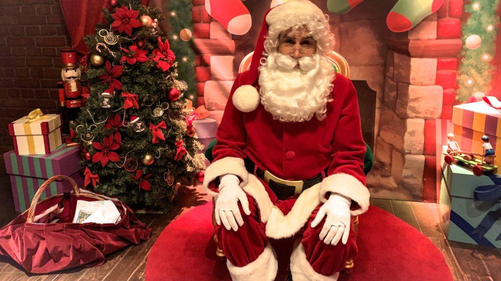 Disneyland Paris Christmas 2019 Santa