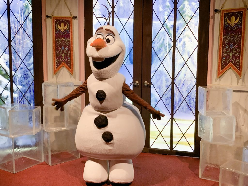 Frozen Celebration Olaf