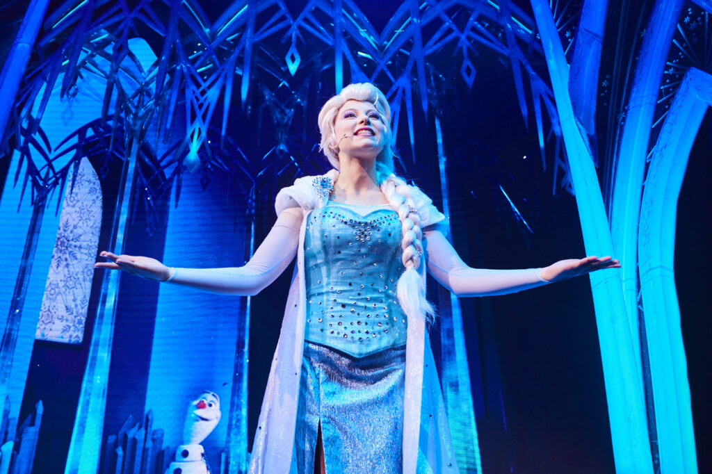 Elsa appearing in Frozen: A Musical Invitation at Animation Celebration