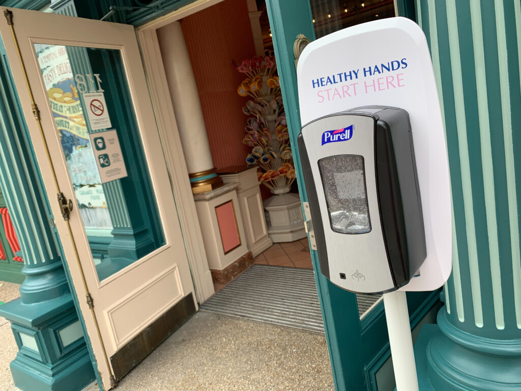 Hand Sanitiser stations can be found all around Disneyland Paris, including in the entrance to every shop