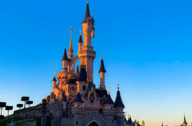 As France announce a second lockdown, Disneyland Paris is expected to close once again