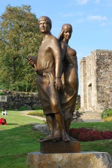 Abélard & Héloise réalisé de A à Z aux ateliers de sculpture Syl-Bil