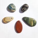 Azurite, Quartz pêche, Jaspe rouge, Jaspe paysage, Grenats d