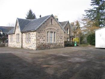 Aldourie School.