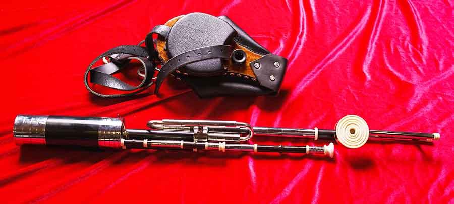 Donnacha Dwyer Uilleann pipe maker