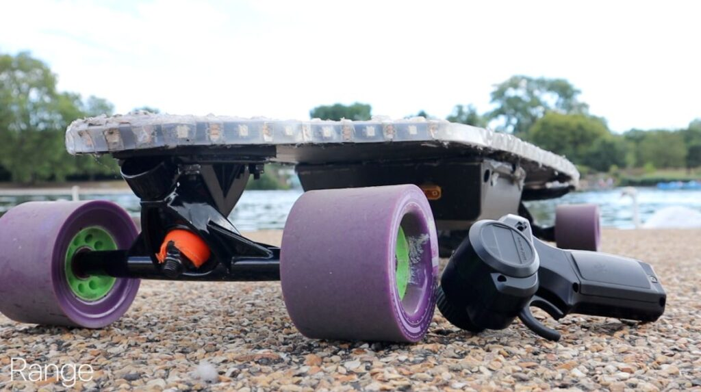 DIY Electric Skateboard - Range by the River