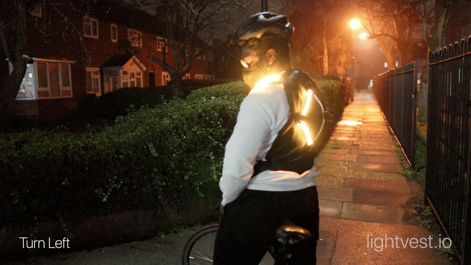 lightvest-stand-bike