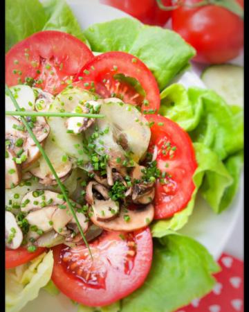Gurken, Tomaten, Champignons, Pilze, lauwarm, Salat