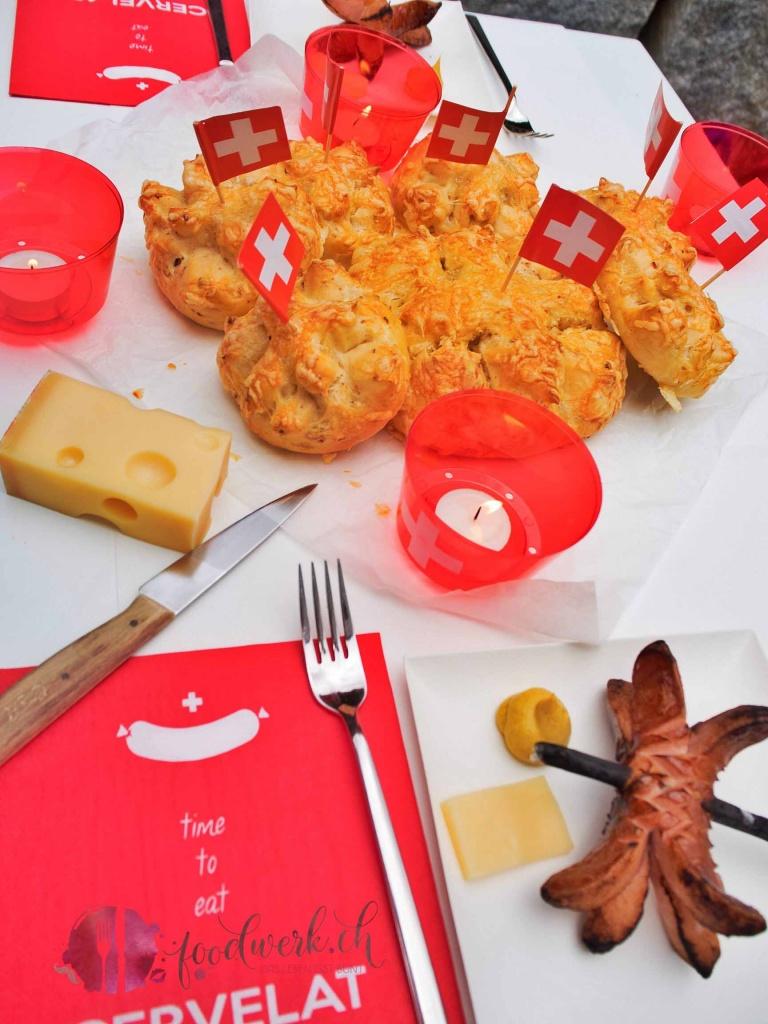 1. August, tradition, #sogehtsommer, nationalfeiertag, cervelat, weggen, 1. August Weggen, Feuer, grillieren, grillen, Rezept, idee, einfach kochen, einfaches rezept, rezepte, schweizer foodblogs, foodwerk.ch, foodwerk, foodblog, blog, food, kochen, backen, cook, bake, swiss, swiss foodblog, foodblogger, foodie, instafood, foodblogs, familyblog