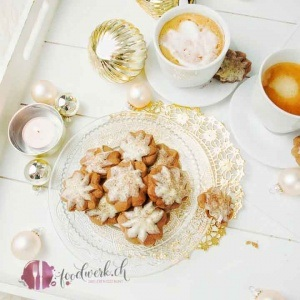 Cappuccino Kekse, Kekse backen, Guetzli, Weihnachten, Advent, Kaffee, spritzgebaeck, weisse schokolade, foodwerk.ch, schweizer foodblog, foodblog,