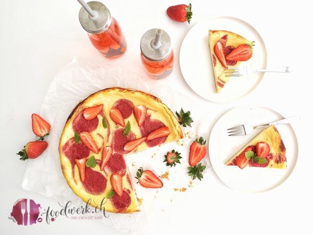 erdbeer swirl kuchen von oben