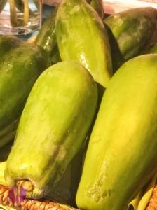 grüne gemüse papaya