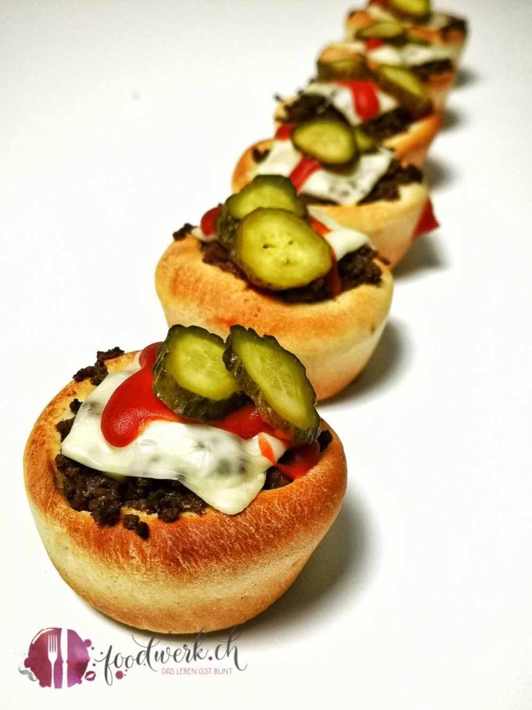 Burgermuffin in Reihe