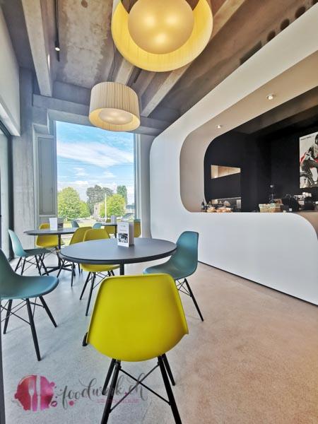 Tour de suisse Cafe