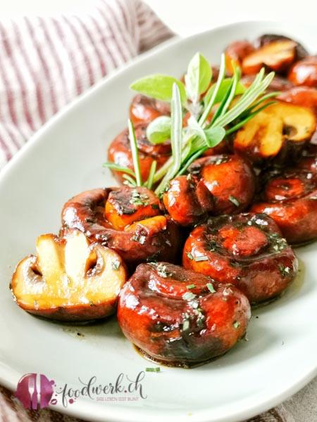 Baslamico Pilze auf Teller