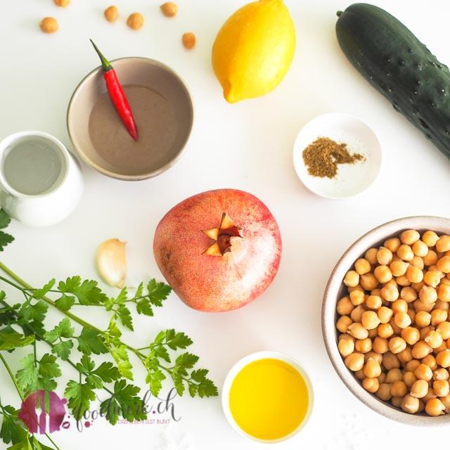 Zutaten für die Hummus Suppe