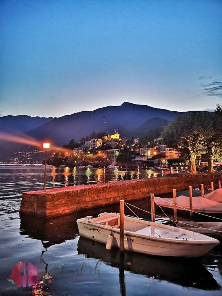 Hafen von Ascona am Abend