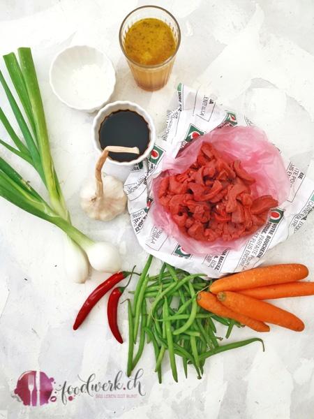 Zutaten für Mongolisches Rindfleisch