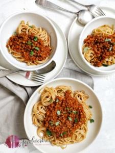 Linsenbolognaise auf Spaghetti