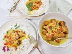 Curry mit Linsenbällchen