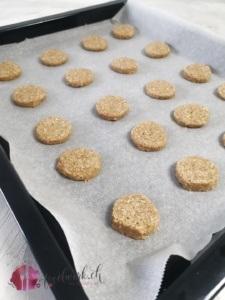 Kekse auf dem Backblech