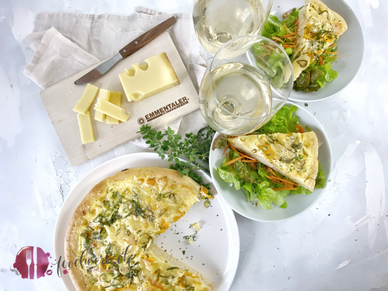 Emmentaler AOP grosses Rondo auf Salat