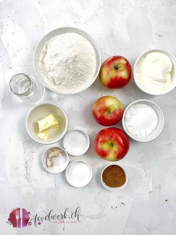 Zutaten für die soften Apfel-Zimt Brötchen